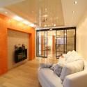 Натяжные потолки в гостиной, фото 2