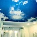 Натяжные потолки в ванной, фото 1